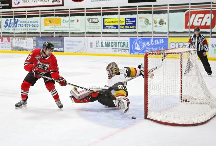 Charles-Antoine finira son hockey junior en Alberta